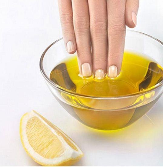 dưỡng chất trong dầu oliu kích thích sự phát triển của móng