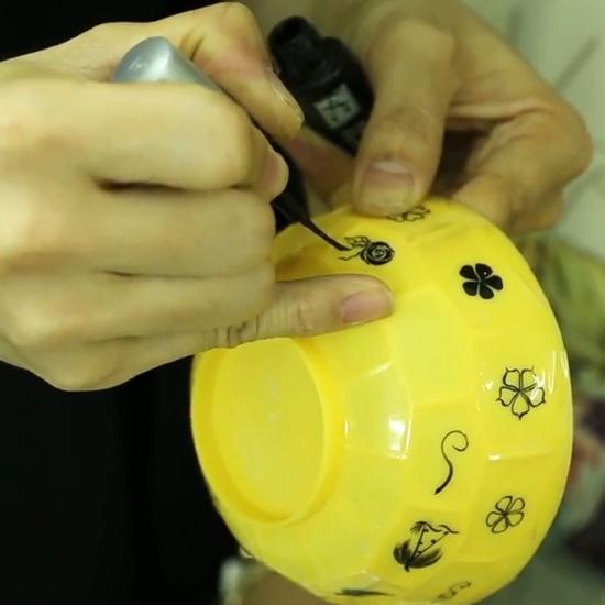 cách vẽ móng tay đẹp bằng cọ nét