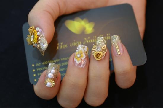 làm móng tay hoa nổi