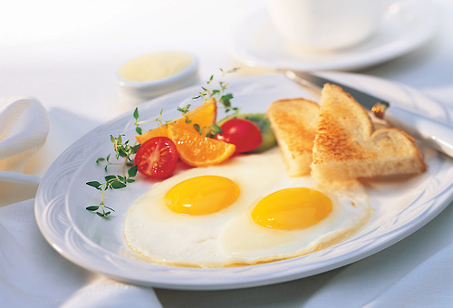 """Bữa sáng """"vàng"""" cho bụng nhỏ eo thon"""
