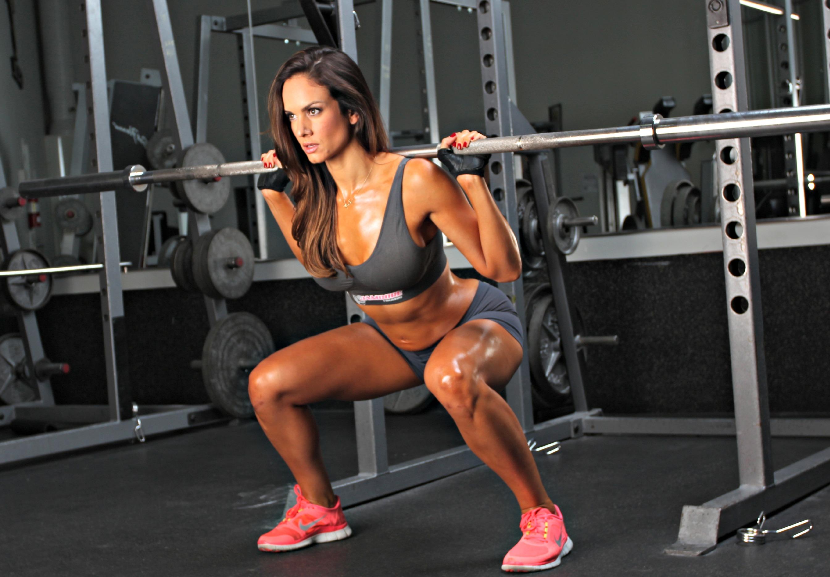 găng tay tập gym hỗ trợ việc tập luyện tốt hơn