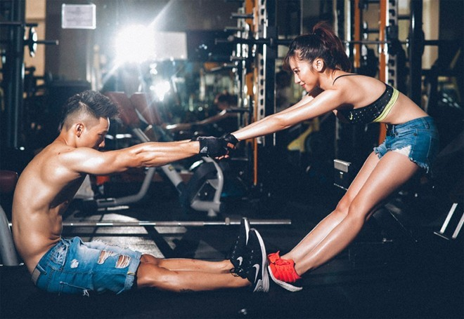 tập gym đôi