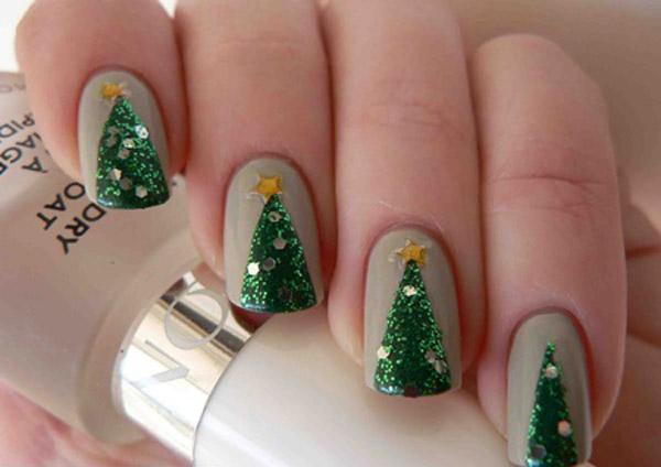 mẫu nail đẹp cho mùa Giáng sinh lunh linh
