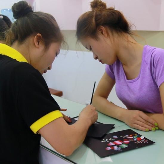 Phương pháp dạy nail có 1-0-2