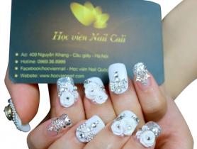Cách làm móng tay nail hoa nổi đẹp cho nàng nổi bật