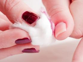 [Dạy làm móng tay] Mẹo đánh bay sơn thừa, sơn cũ trên móng tay
