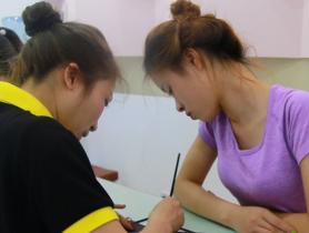 Cầm tay chỉ việc – Phương pháp dạy nail có 1-0-2 của Nail Cali