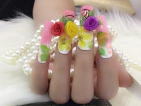 Dạy làm móng tay hoa nổi cho ngày đặc biệt của chị em
