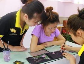 Tạo ra thế hệ thợ nail đẳng cấp nhờ cách dạy nail chuyên nghiệp