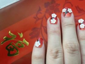 Học cách vẽ móng tay họa tiết hoa đào đón tết
